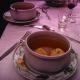 Sopa de bolas de matzá o sopa de kneidalaj